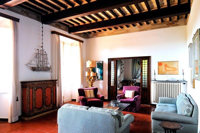 Living room in a Forte Dei Marmi Villa