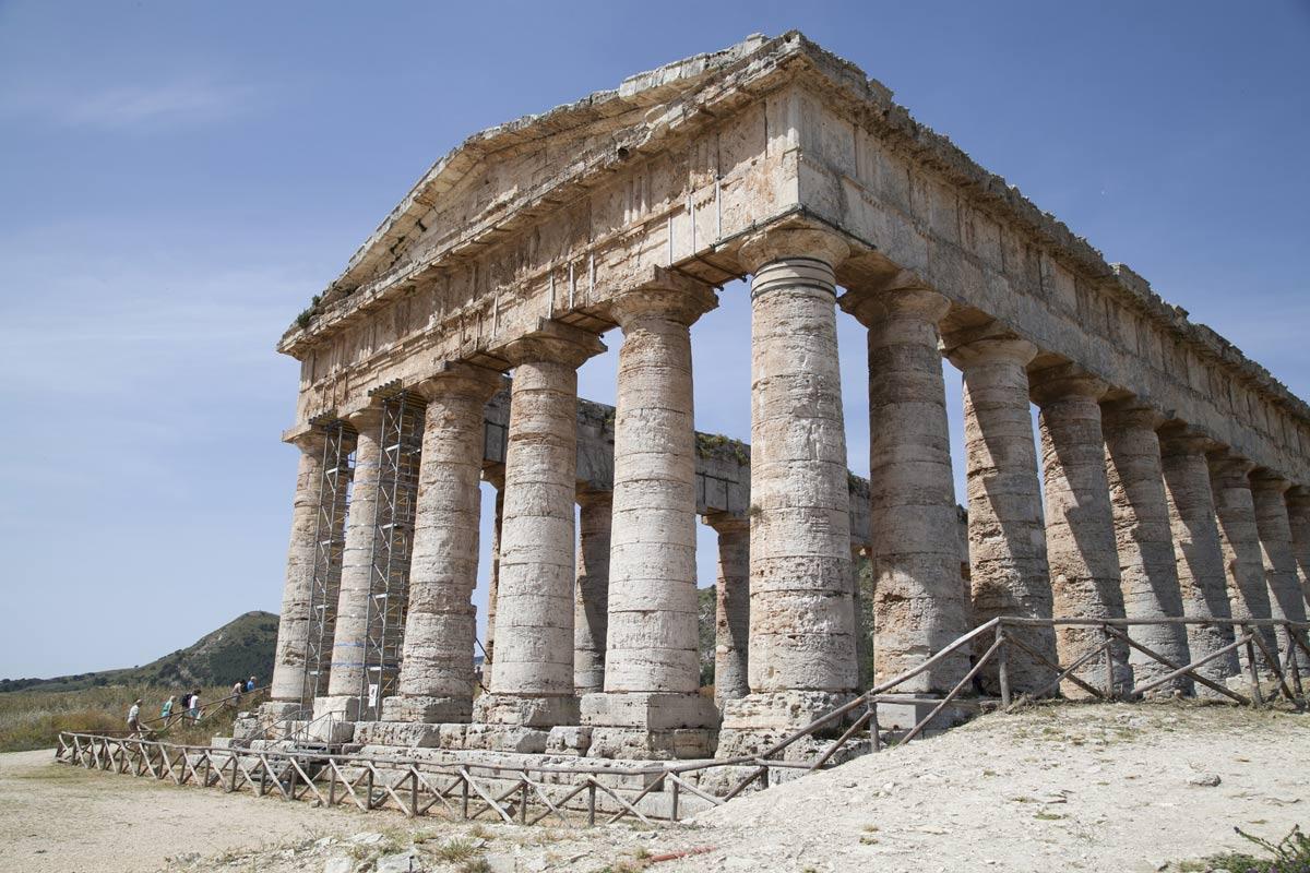 temple-of-segesta
